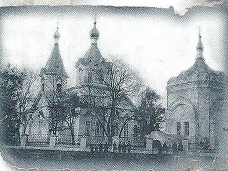 Престольне свято Ямполя: збережені і забуті традиції предків