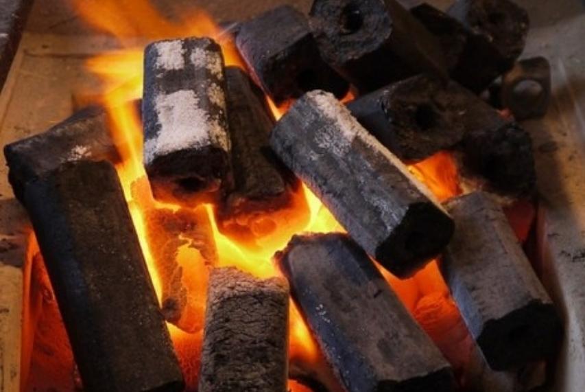 У Кабміні розказали, як отримати субсидію на тверде паливо