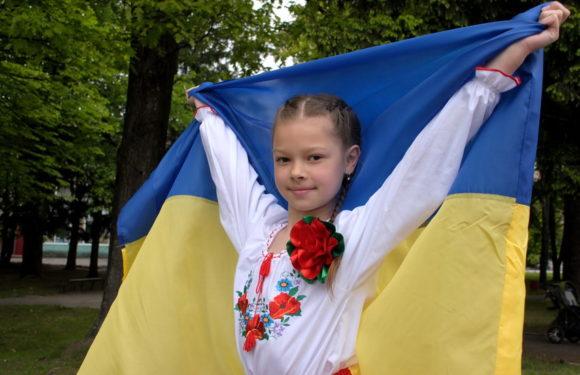 В Ямполі проведено акцію «Україна – ВИШИВАНКА»